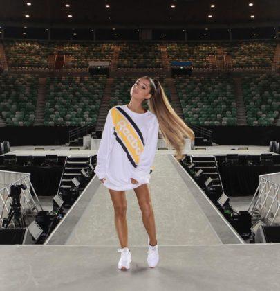 Ariana Grande firma con Reebok
